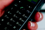 Toate telefoanele mobile vor avea un singur tip de încărcător din 2011